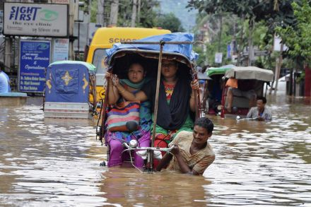 The September floods in the state of Jammu and Kashmir ran up losses of one trillion rupees. In last year's floods in Uttarakhand, about 30,000 lives were lost, according to unofficial estimates.  PHOTO: REUTERS