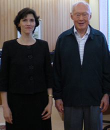 Dr Cecilia Tortajada, President, Third World Centre for Water Management, Mexico, with Mr. Lee Kuan Yew, former Prime Minister of Singapore